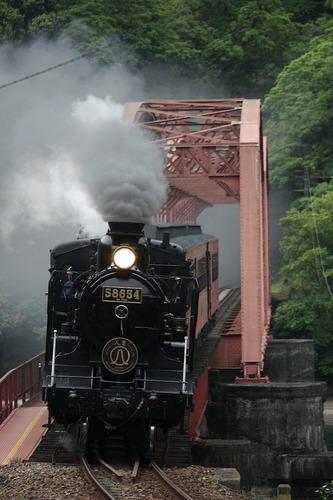 鎌瀬の第一球磨川橋梁で